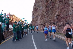 Two Oceans Runners on Chapmans Peak Drive