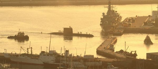 23 May - HMS Argyll behind the SA Navy Submarine