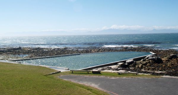 Buffels Bay Tidal Pool and picnic area, Cape Point