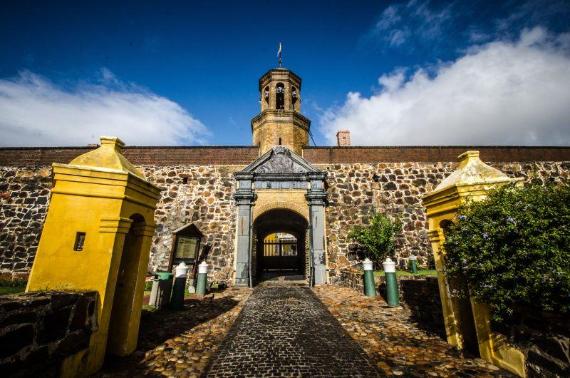 Murder Mystery in the Castle. Photo Lisa Burnell 2014
