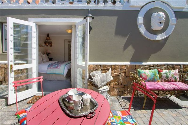 3 Kalk Bay Studio - Dec availabiity