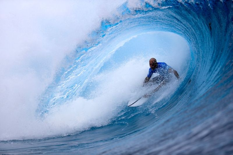 Kelly Slater is King at Teapuho, Tahiti