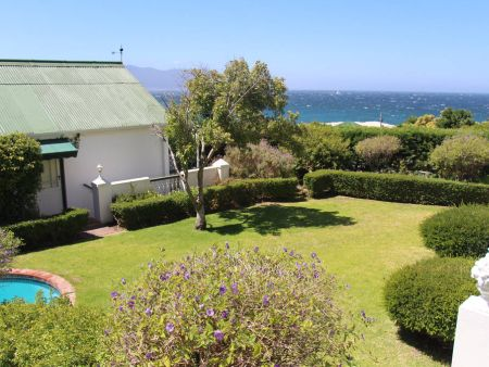 Fishers Cove, Self catering Accommodation in simonstown