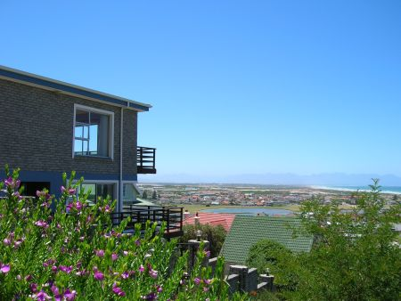Muizenberg guesthouse, Blue Bottle Guest House Capetown