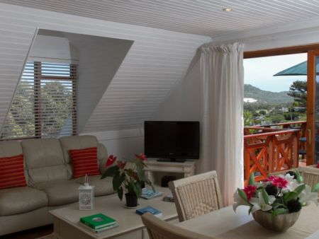 Clovelly accommodation, Cape Town