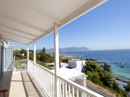 self catering accommodation in Simons Town