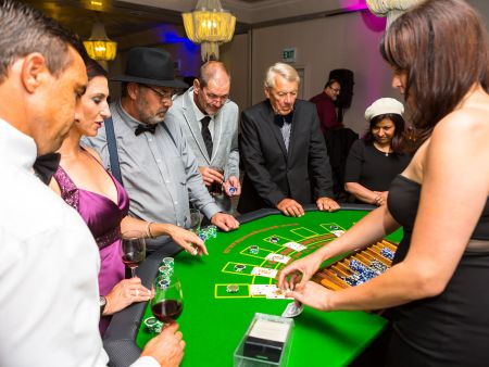 Cape Town Year end Functions, Casino Royale Winelands