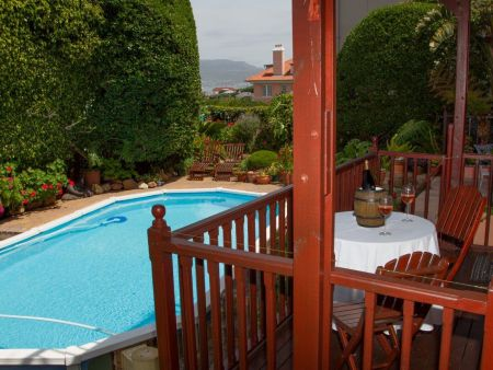 Accommodation in Kalk Bay, Cape Town
