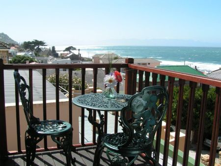 Bed & Breakfast, Self Catering Accommodation, Kalk Bay