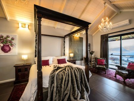 Accommodation in simon's Town, Cape Town