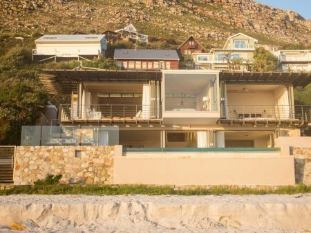 Villa in Misty Cliffs, Scarborough, Cape Town