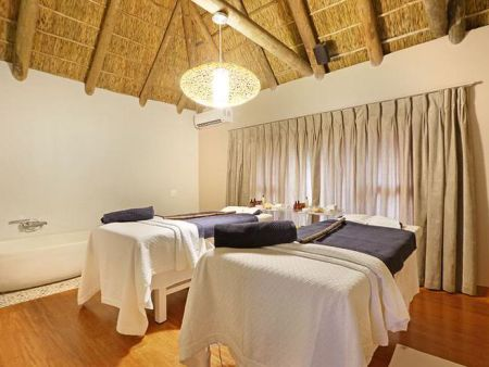 Cape Town Getaways - Safari and Spa Romance Package