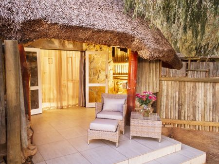 Safari Getaway: Luxury Cottages