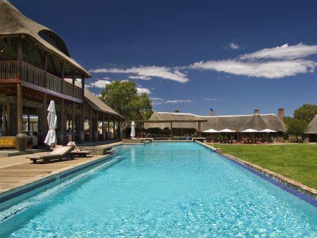 Big 5 overnight safari -  Aquila Family Chalet