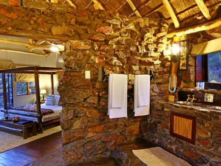 Big 5 Game Safari Overnight package Cape Town