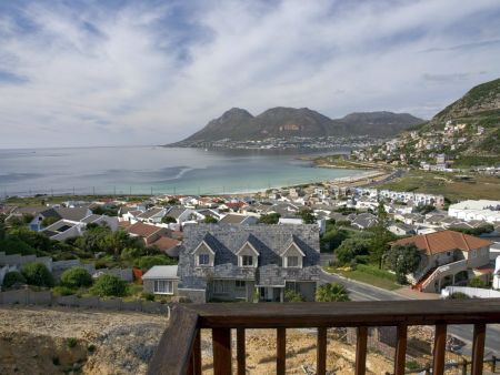 Accommodation Cape Town, Self-catering house Glencairn