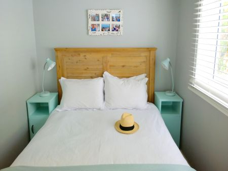 Simon's Town Self catering accommodation, Seaforth Vill