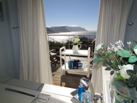 Simon's Town Accommodation, the Ships Lodge
