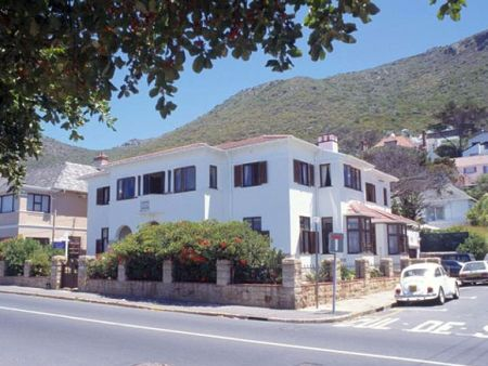 Sonnekus Guesthouse, St James, Cape Town