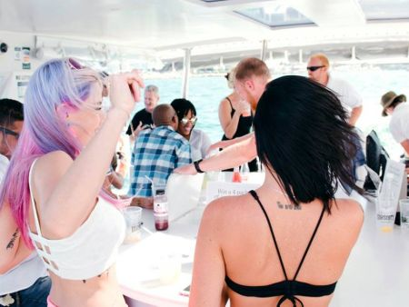 Cape Town Year End Events - Summer Yacht Party